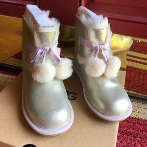 New authentic UGG Gita boots